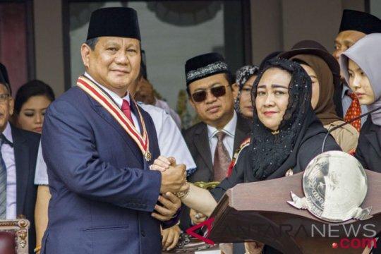 Berita politik kemarin, ada Prabowo, Mega serta Gibran Rakabuming