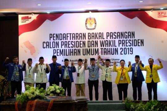 Prabowo mendaftar ke KPU diantar empat anak presiden