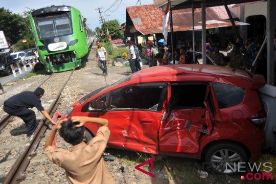 KAI Divre Tanjungkarang nyatakan 199 perlintasan ilegal