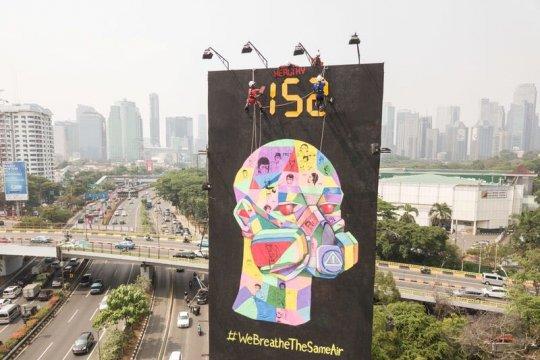 Greenpeace aksi pasang peringatan kualitas udara Jakarta