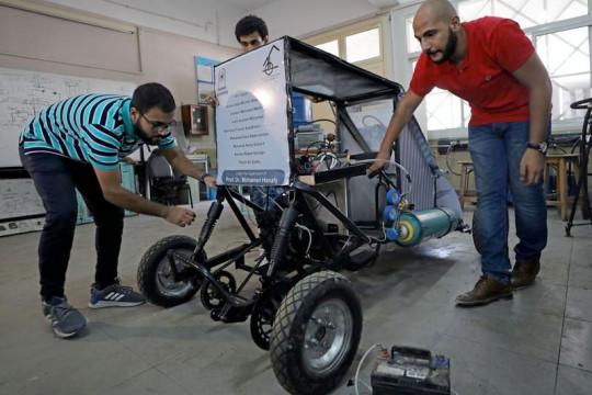 Mahasiswa Mesir ciptakan mobil bersumber energi udara