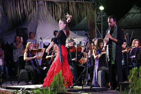 OCAS kolaborasi dengan Riau Rhythm Chambers tutup Konser Vinculos