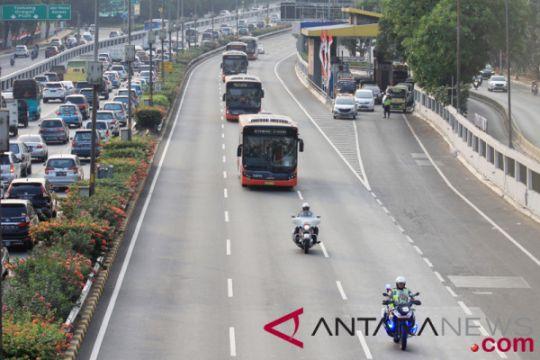 Polisi rekayasa jalan saat pembukaan Asian Games, Sabtu