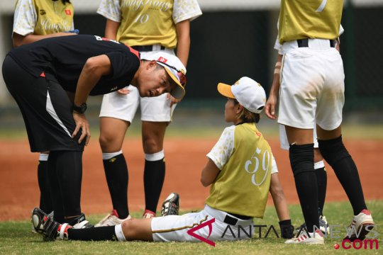 Softball Putri - Hong Kong vs Indonesia