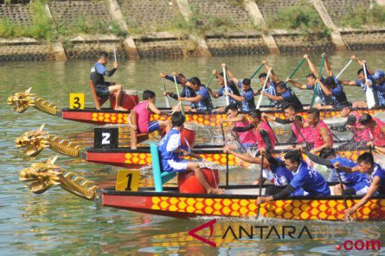 Lanjutan festival perahu naga