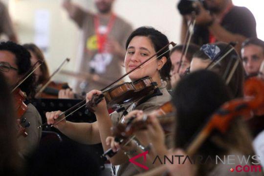 Konser Orkestra Musisi Spanyol di Ambon