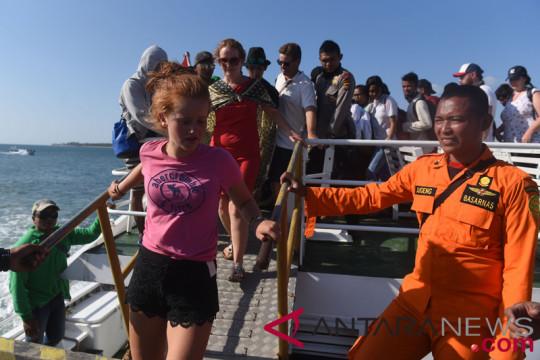 Hingga 2.700 wisatawan dievakuasi dari kawasan Gili Matra