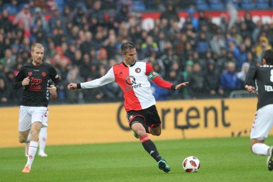 Gol telat Van Persie menangkan Feyenoord atas Utrecht