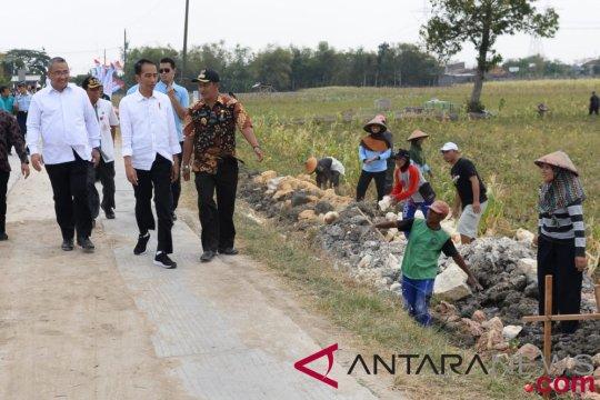 Kepala desa agar berdayakan ekonomi masyarakat