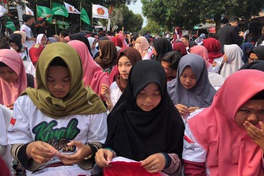 Ansor catatkan rekor MURI jahit bendera Merah Putih