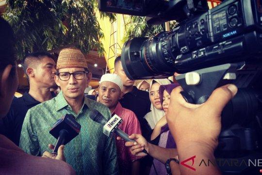Sandiaga menjenguk KH Maulana Kamal Yusuf