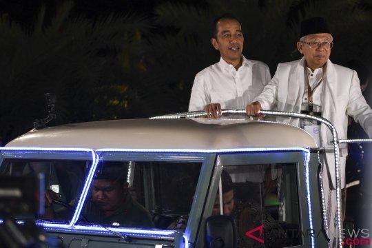 Jokowi tetap ingin bisa bertelpon dengan Prabowo-Sandiaga