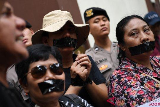 Aksi Solidaritas Pembebasan Jurnalis Reuters