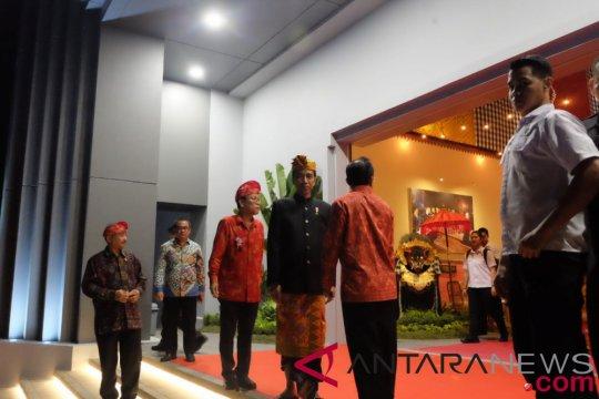 Presiden Jokowi ajak seniman untuk berani bermimpi besar