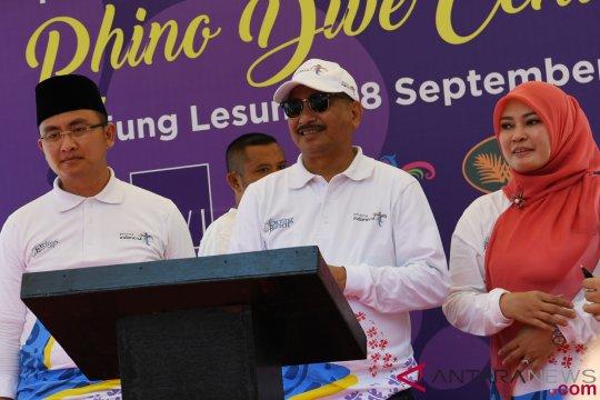 Menpar buka Kejuaraan Triatlon Tanjung Lesung