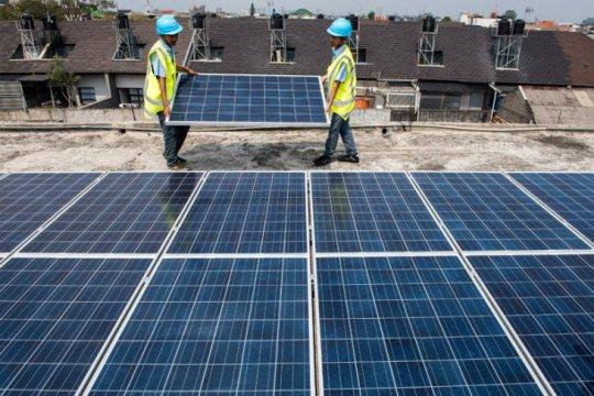Kapasitas terpasang PLTS atap melonjak sembilan kali lipat