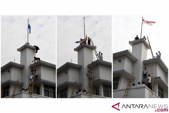 Perobekan Bendera Belanda