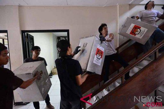 Bawaslu Jateng desak KPU serius distribusikan logistik pemilu 2019