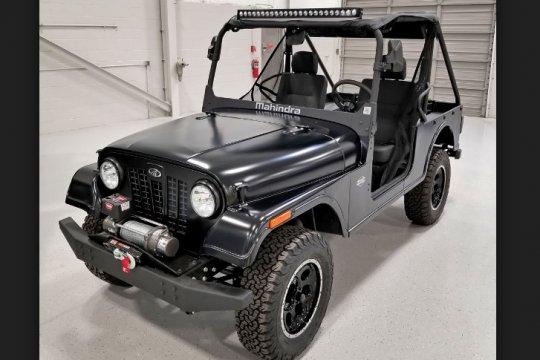 Dianggap mirip Jeep Wrangler, AS selidiki mobil India Mahindra