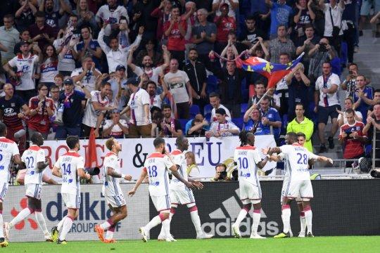 Lyon tundukkan Marseille untuk tutup pekan sempurna