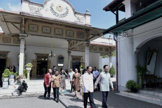 Cucu hingga kebangsaan jadi obrolan Presiden dan Sultan HB X