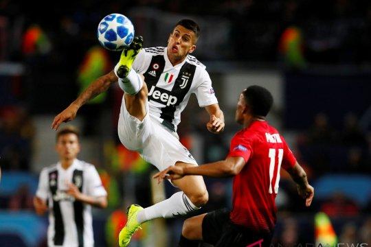 Cancelo masuk skuat Juve untuk hadapi Milan di Piala Super