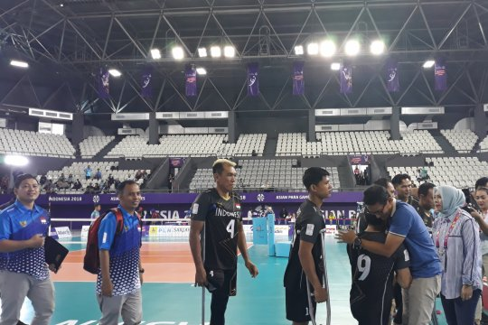 Sandiaga beri semangat atlet voli duduk Indonesia