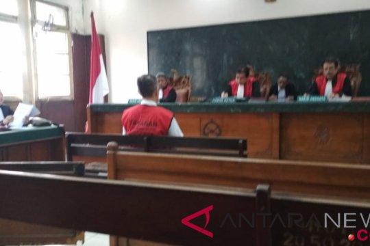 Jaksa tuntut pengusaha kertas Gunarko Papan 1,5 tahun terkait kasus narkoba