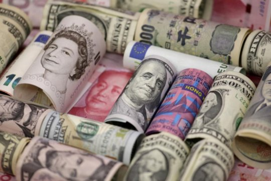 "Dolar cenderung stabil,  pertumbuhan global bakal dukung investasi ""safe-haven"""