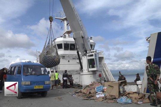 3 Hari bongkar bantuan dari Kalimantan