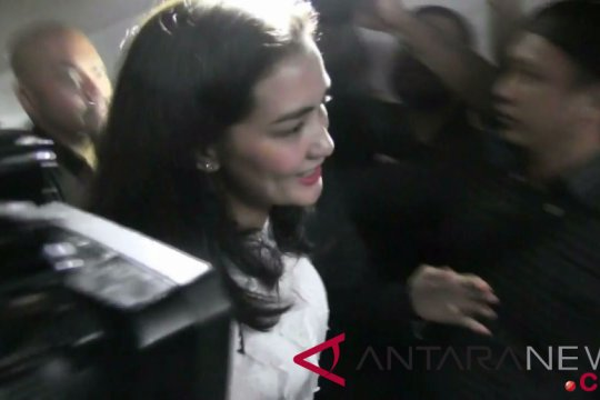 Polisi periksa dua putri Ratna Sarumpaet soal foto