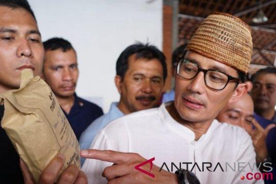 Baitul Muslimin katakan tidak pantas Sandiaga Uno langkahi makam Kiai Bisri