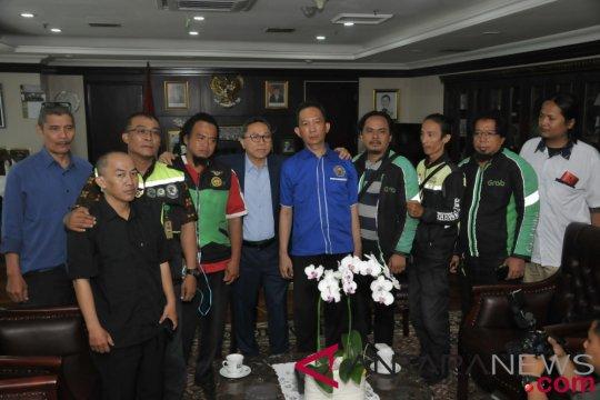 Ketua MPR menerima Masyarakat Ojek Online