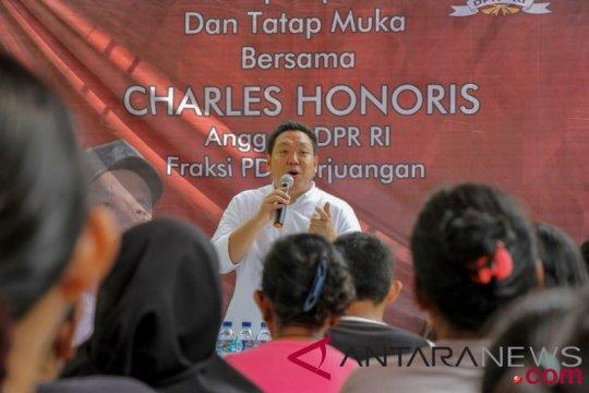 """Politikus PDIP: Jokowi """"telanjangi"""" inkonsistensi Prabowo soal korupsi"""