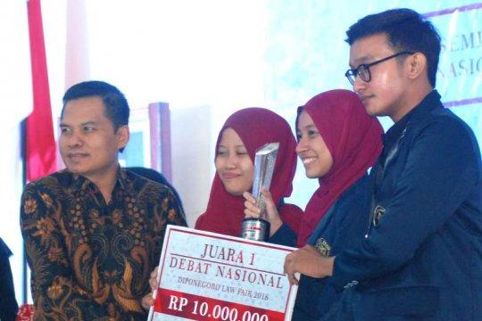 Sesjen MPR apresiasi Diponegoro Law Fair 2018