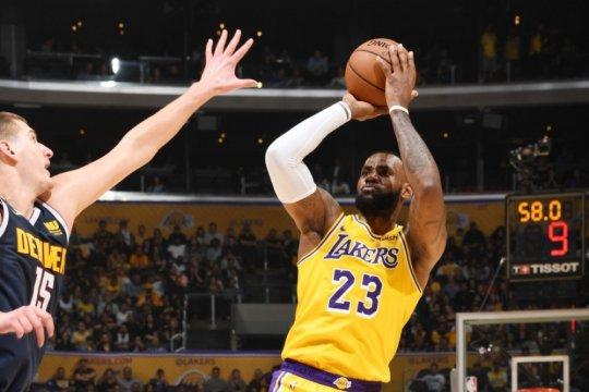 "LeBron James ""triple-double"", Lakers buat Nuggets derita kekalahan perdana"