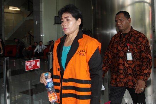 Penahanan tiga tersangka suap PN Medan diperpanjang