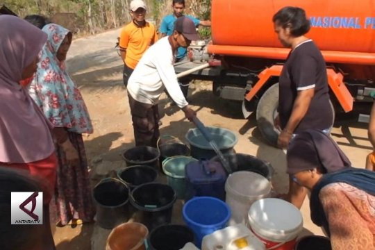 Atasi kekeringan, Bpbd Gunungkidul terus suplai air