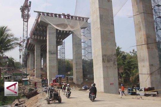 Jembatan Tol di Kalikenteng berteknologi tahan gempa