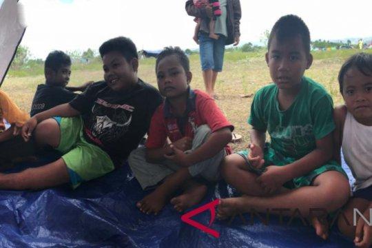 Anak-anak Jono Oge ingin kembali ke sekolah