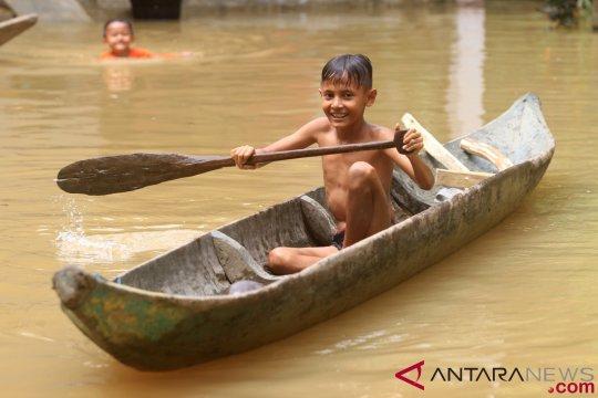 Hujan reda, banjir Aceh Selatan berangsur surut