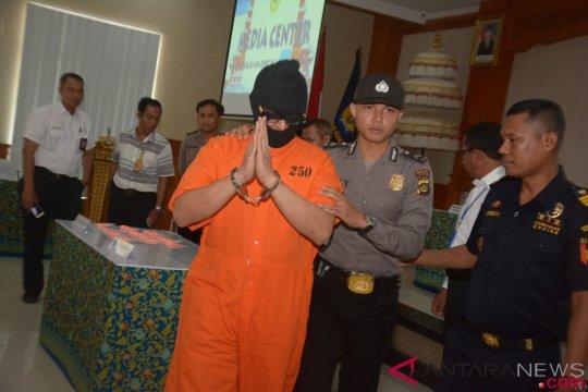 Warga Malaysia dituntut setahun penjara