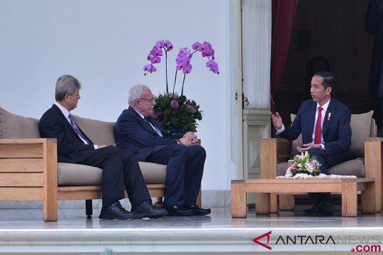 Presiden Jokowi Menerima Menlu Palestina