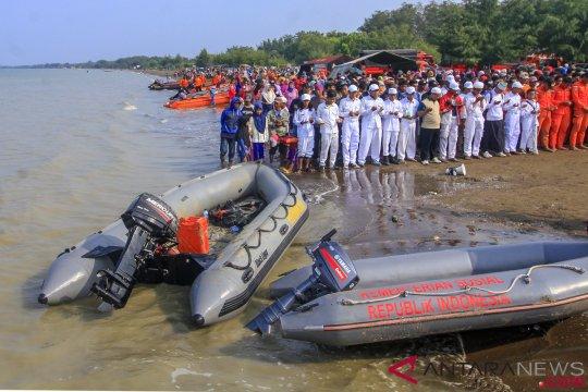 Shalat Gaib dan Doa Bersama Untuk Korban Lion Air JT 610
