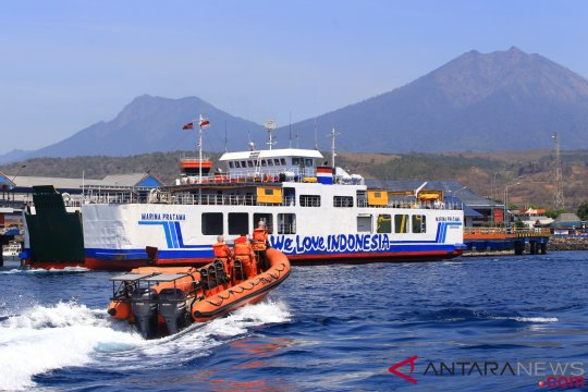 Evakuasi 10 ABK, Basarnas Bali ikut membantu Kapal Greyman Express
