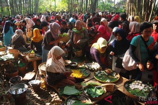 Pasar Papringan Ngadiprono