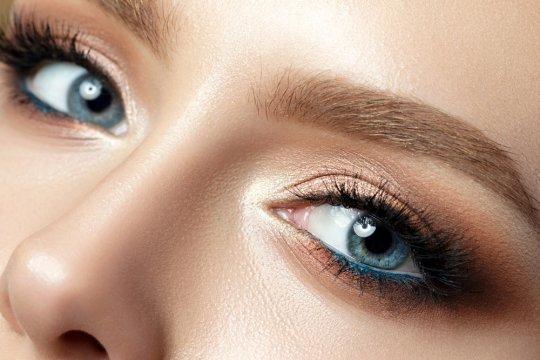 Siapkan ratusan juta rupiah untuk mengubah warna mata