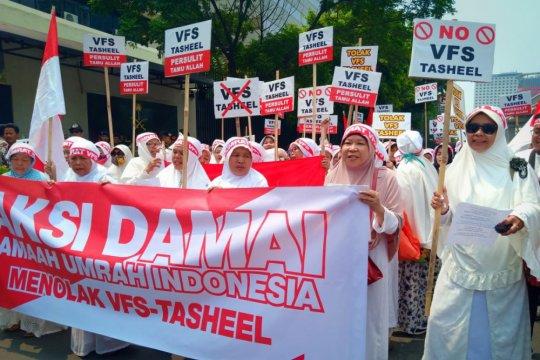 Calon jemaah umroh-haji Indonesia tolak VFS Tasheel