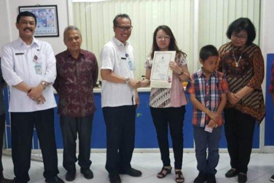 Anak-anak di enam panti asuhan peroleh akta lahir berkat pendampingan IKI