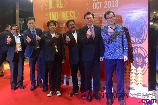 Iqbaal Ramadhan - Rano Karno ramaikan pembukaan Korea Indonesia Film Festival 2018